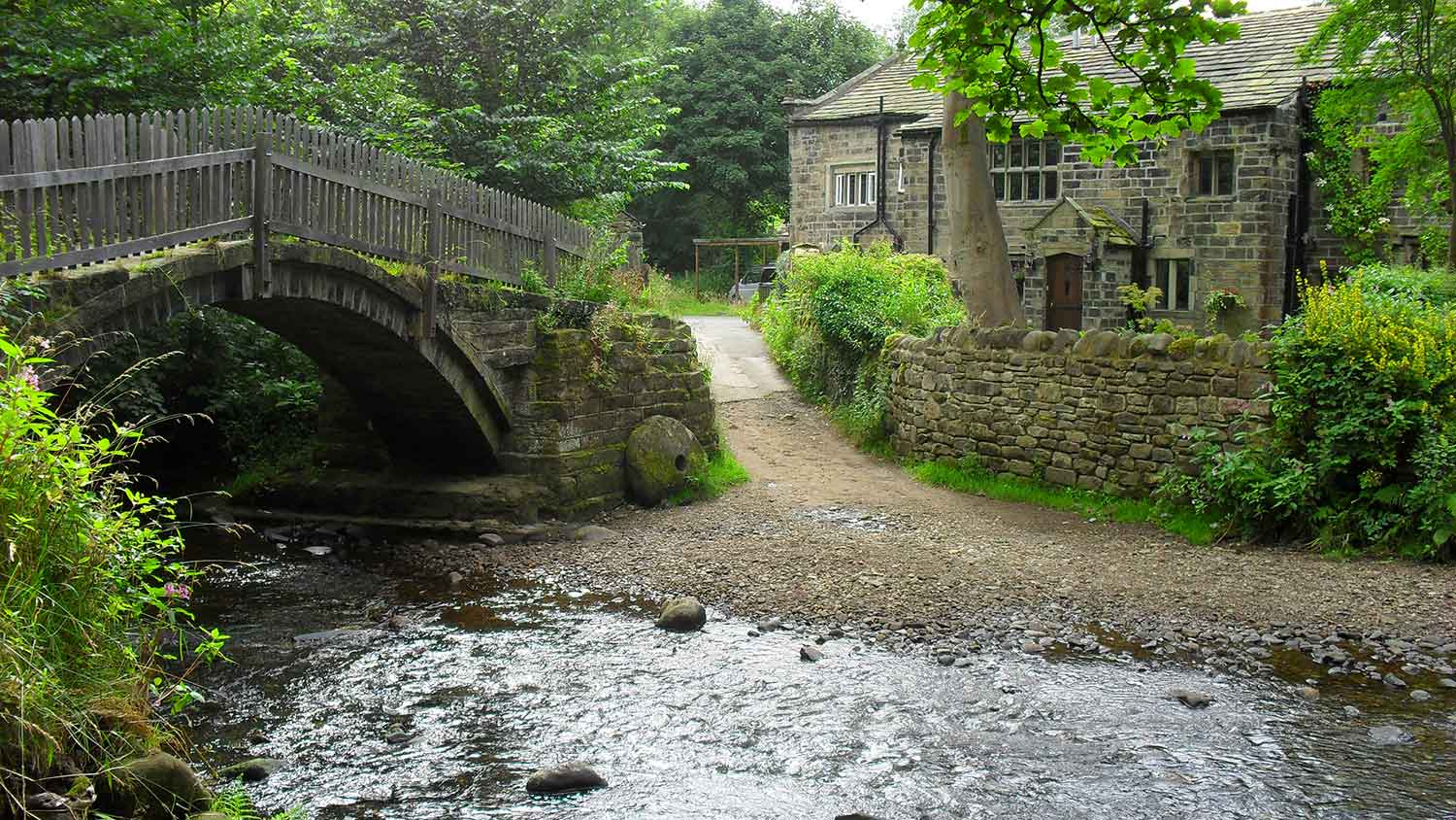 St.Ives Estate, Bingley